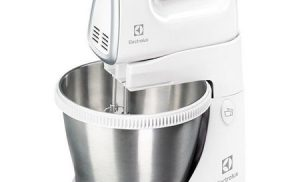 Mixer cu bol Electrolux ESM 3300 cu bol rotativ si 5 viteze – Review util si Recomandari